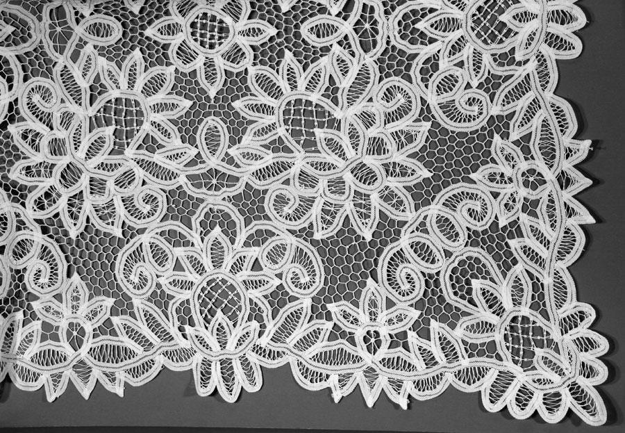 solid battenburg lace pure cotton tablecloth lotus design the