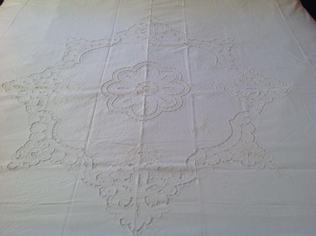 Cutwork Rose Duvetcover Bedskirt Pillowcases Sham