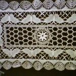 Butterfly Cluny Lace runner