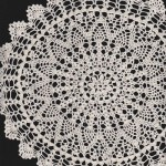 Hand Crocheted Pineapple design in fine Cotton thread