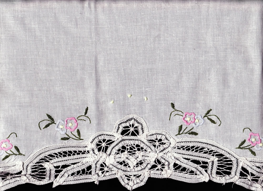 Battenburg Lace fully edged with embroidered pink petit fleurs