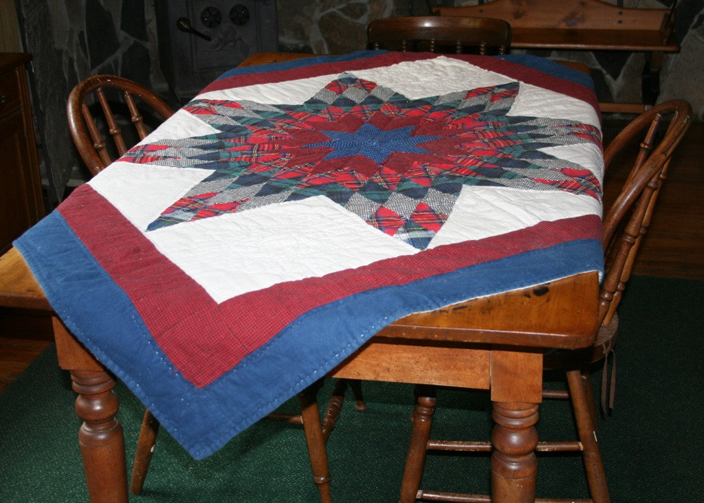 Lone Star Tartan Throw  Hand Quilted On Cotton Flannel Adds Country Charm  During This Festive