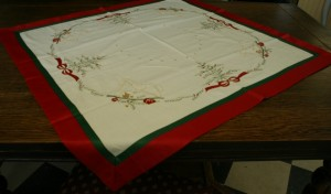 A unique design depicting Kids friendly themes in a very elegant & contemporary Doily or Runner for this holiday season.