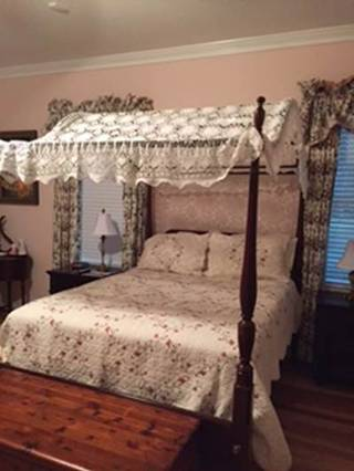 An elegant bed ... & DIY-WINDMILL COTTON CROCHET LACE BED COVER AS BED CANOPY | The ...