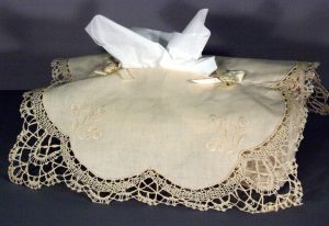 White 100% Cotton Handmade Cluny Lace Tissue Box cover & Embroidered Flower Bouquets.