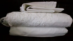 Premium quality of Cotton thread woven into 100% pure Cotton fabric for Elite Battenburg Lace sheet set.