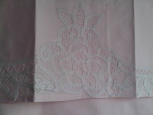 Elite Battenburg Lace bed sheet set: Blush Pink colour with a hint of pink.