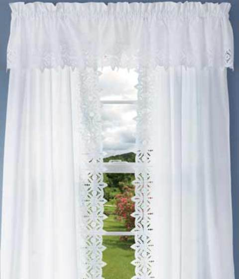 Filigree Eyelet Lace Shower Curtain Formal Centre Part White Ecru