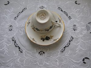 Peony Royal & Lotus Wisdom Venetian Richelieu White Embroidery 100% Linen TA3556.jpg