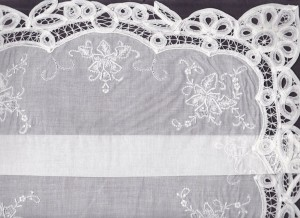 oyal Battenburg Lace handkerchief used as a message in REIGN TV.