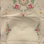 Royal Albert Cross-Stitched Ecru-Old Country Rose runner