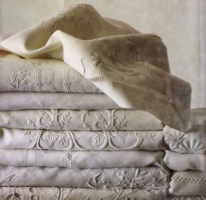 The Lace And Linens Co.com History of Lace and Embroidery