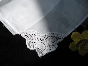 Triple tip fine crocheted lace corner fine handkerchief cotton